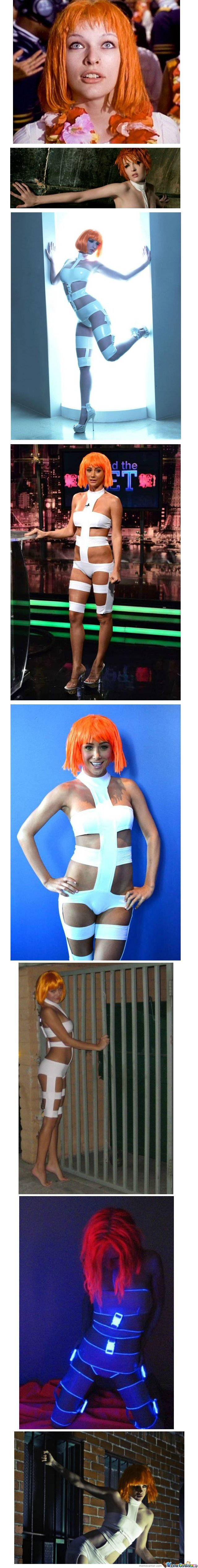 Just Some Leeloo Cosplay