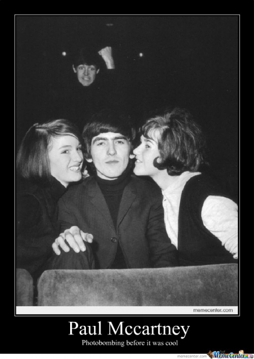 Paul Mccartney Photobomb