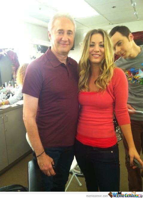 Sheldon Cooper Photobombing