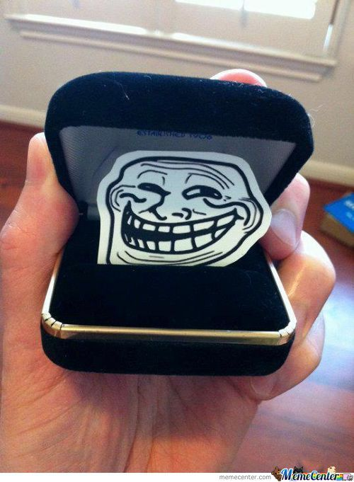 Engagment Ring Troll :d