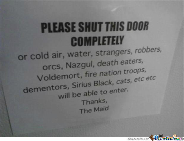Please Shut This Door !