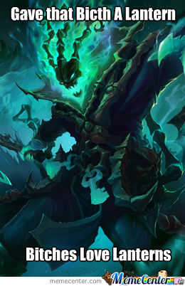 Thresh Gives Lanterns Away :d (Lol Players Will Get It)