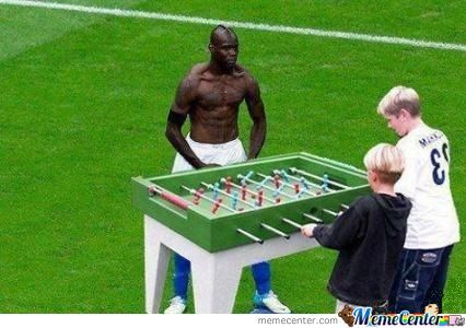 balotelli using baby foot_o_483581 balotelli using baby foot by whathis meme center