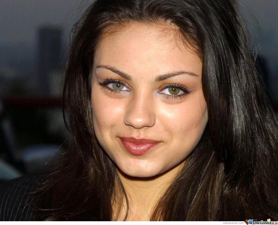 kunis eye color Mila